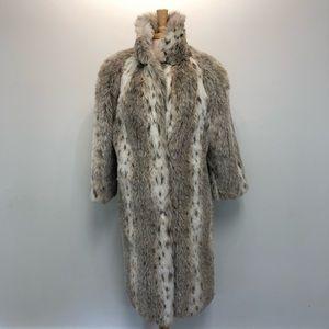 Beautiful Faux Fur Coat in Excellent Condition M/L